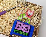 """Новогодний бокс """"Почеши котика и спинку"""": вечный календарь """"Кот"""", чесалка-лапа для спины с выдвижной ручкой, фото 10"""
