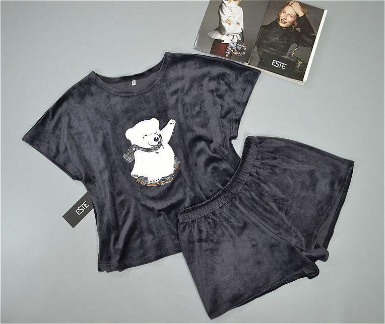 Пижама с рисунком футболка и шорты из микро велюра Este.