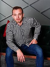 Стильная мужская фланелевая рубашка в черно-белую клетку