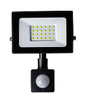 Прожектор світлодіодний з датчиком руху 30W ONE LED 6400K IP65