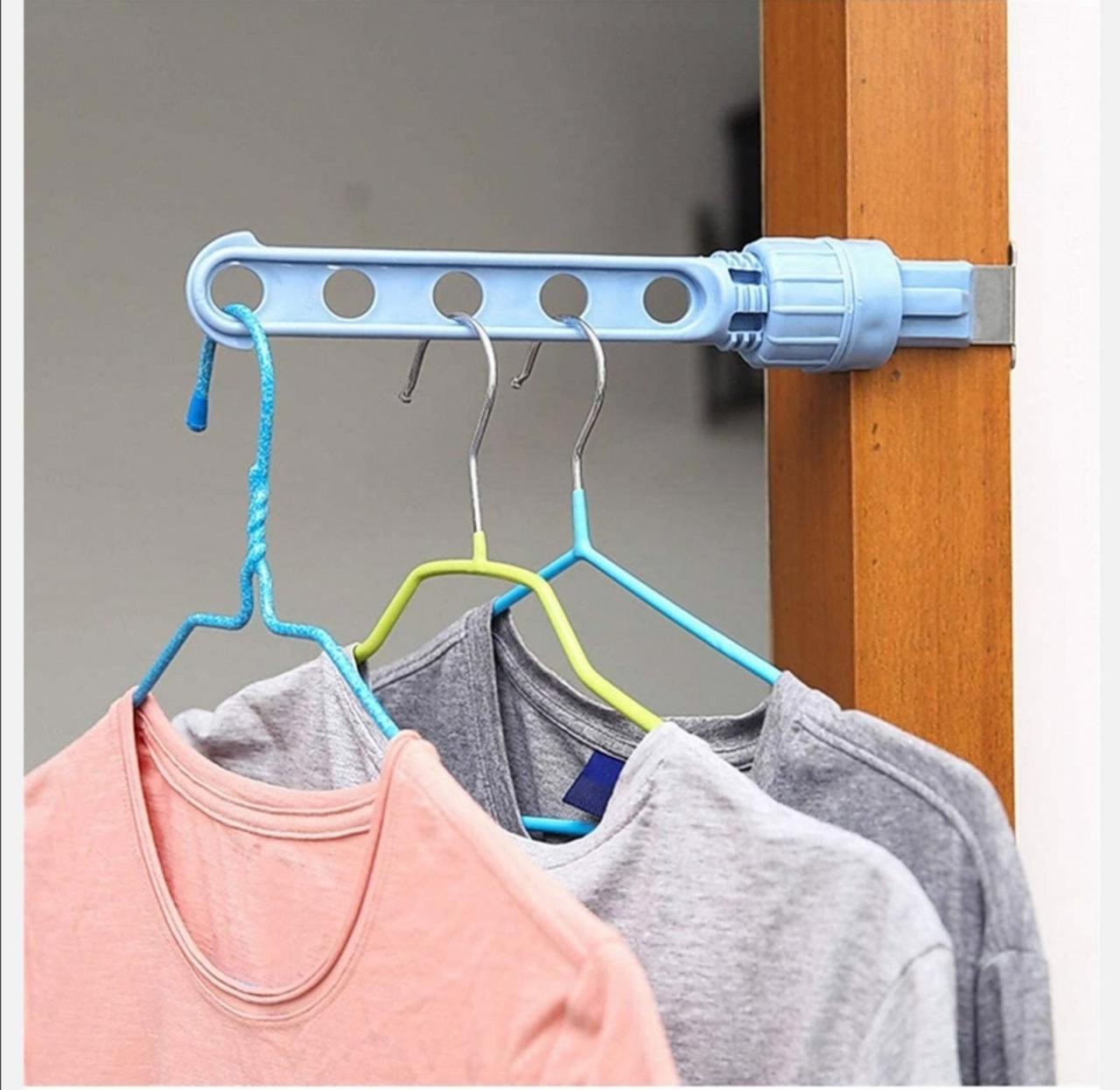 Чудо-вешалка органайзер для хранения и сушки одежды с боковым креплением голубого цвета