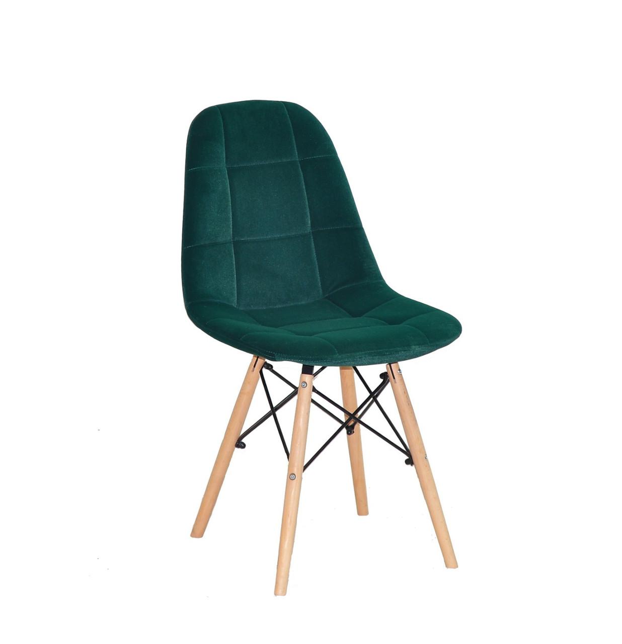 Cтул мягкий бархатный на деревянных ножках зеленый Peter для уютных гостиных, стильных кафе