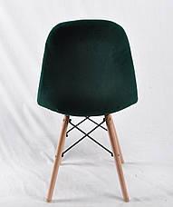 Cтул мягкий бархатный на деревянных ножках зеленый Peter для уютных гостиных, стильных кафе, фото 3