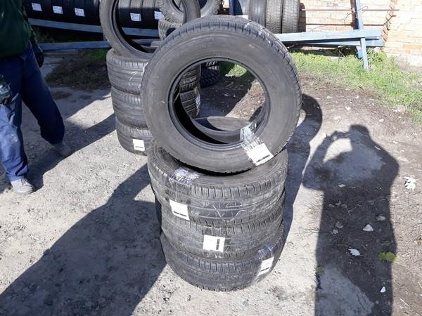 Шины б.у. 235.65.r16с Pirelli Carrier Winter Пирелли. Резина бу для микроавтобусов. Автошина усиленная. Цешка