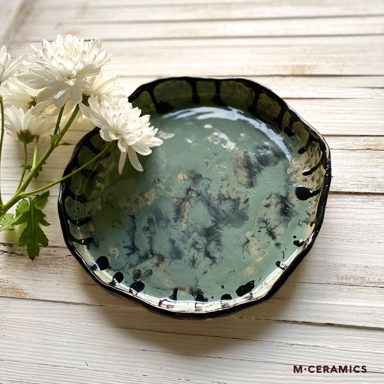 """Круглая тарелка ручной работы с бортом  """"Серая"""""""