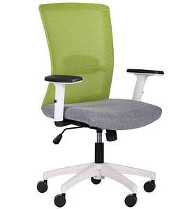Кресло Uran White сиденье Сидней-20/спинка Сетка SL-06 салатовая