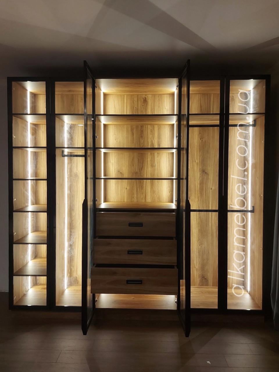 Шкаф гардеробный с подсветкой. Шкаф с стеклянными фасадами. Шкаф современный модель 2021
