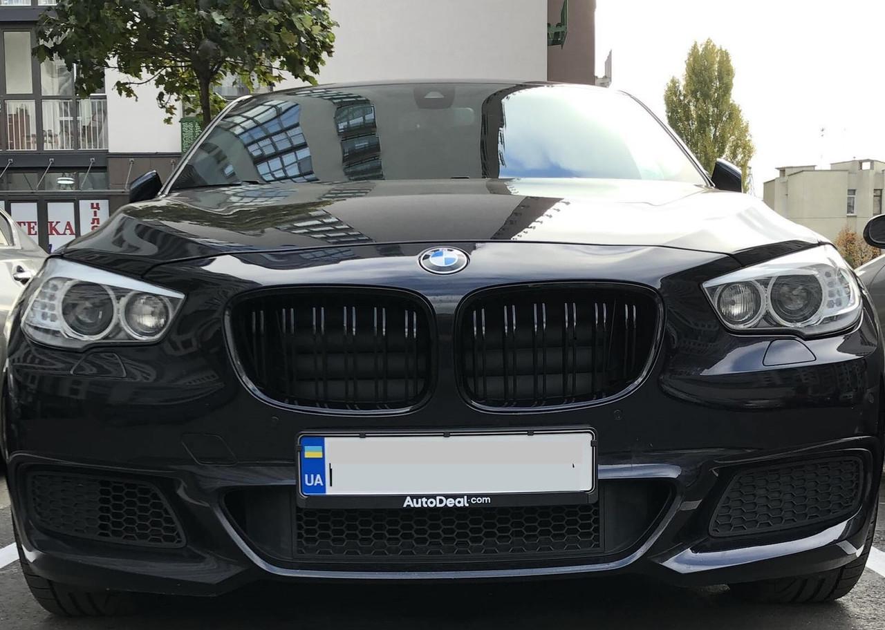 Решетки радиатора BMW GT F07 ноздри стиль M (черный глянц)