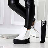 Трендовые белые женские зимние ботинки из натуральной кожи на утолщенной подошве 36-23,5см, фото 3