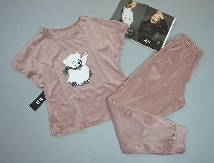 Пижама женская плюшевая футболка и штаны. Теплые пижамы.