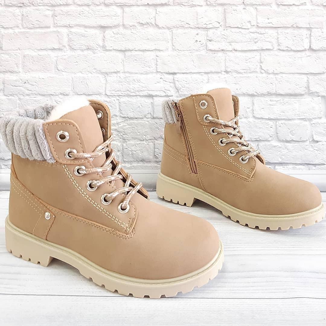 Черевички зимові унісекс на шнурівках та замочку. Розмір:32-35.