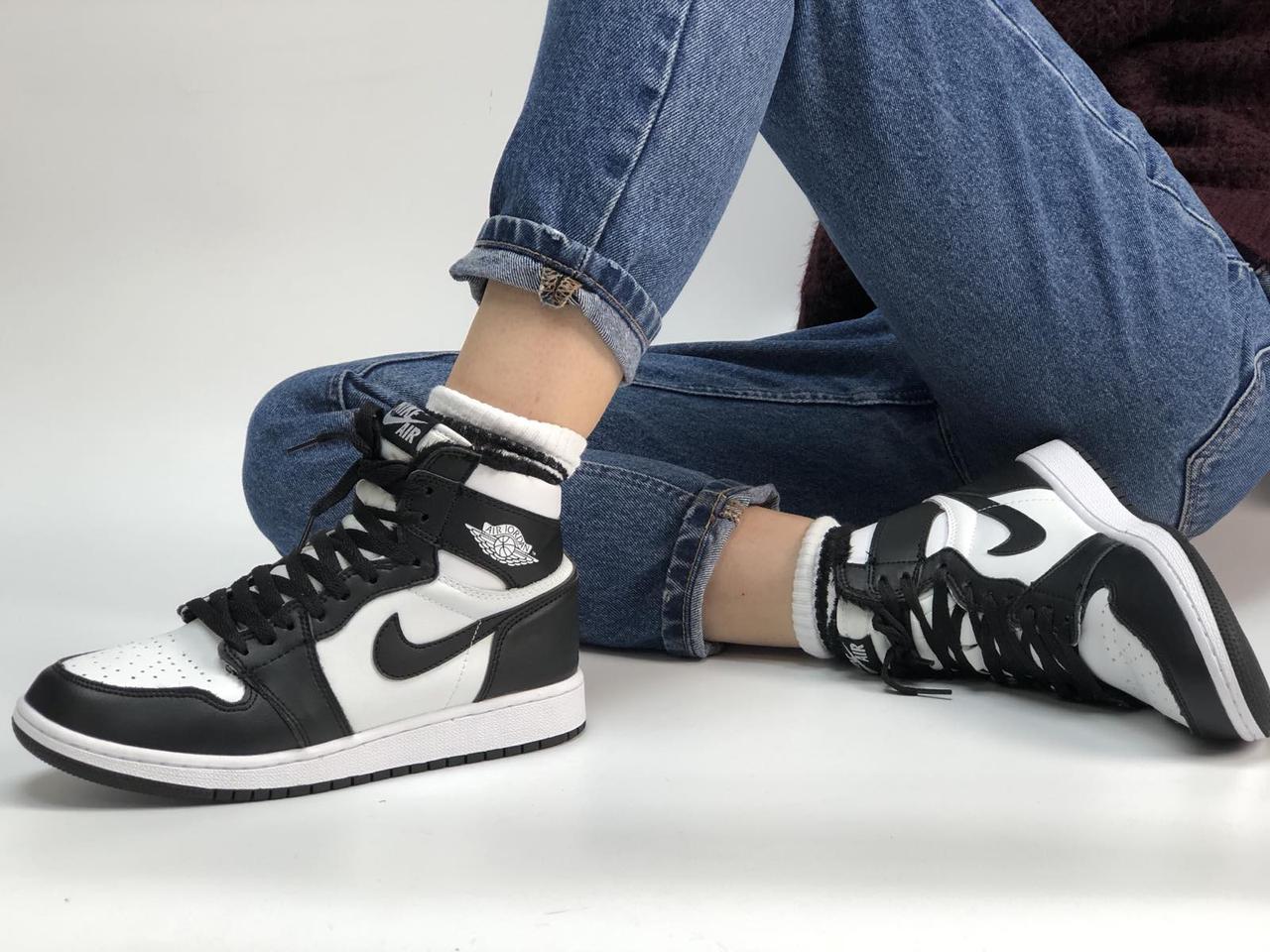 Кроссовки женские зимние Nike Air Jordan Retro 1 Black White (мех) 40