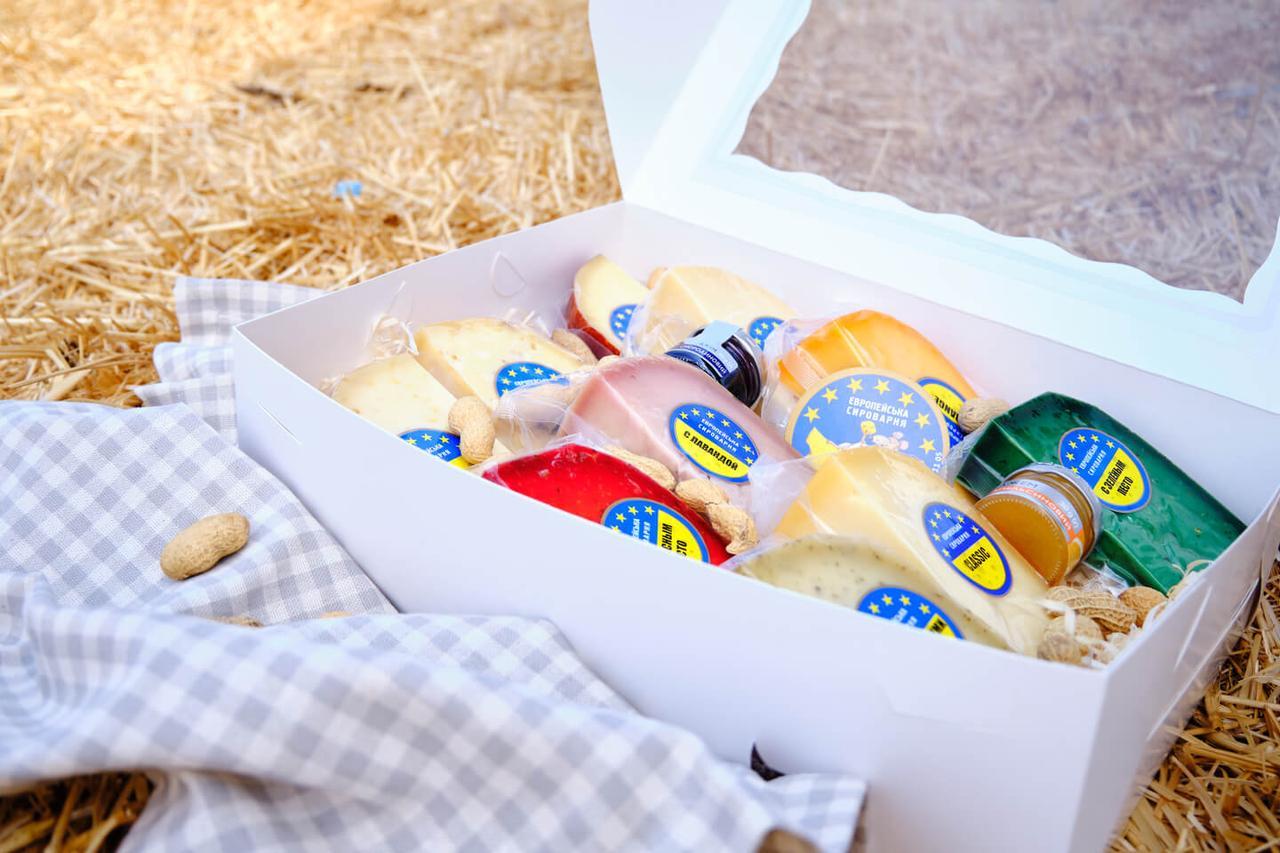 Подарочный набор сыров Size XXL (2,1 кг)