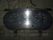 P8200283196D Спидометр Renault Trafic Megane