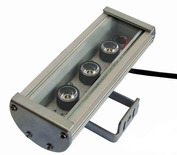 Линейный светильник 9W 180мм IP67 Wall washer холодный белый