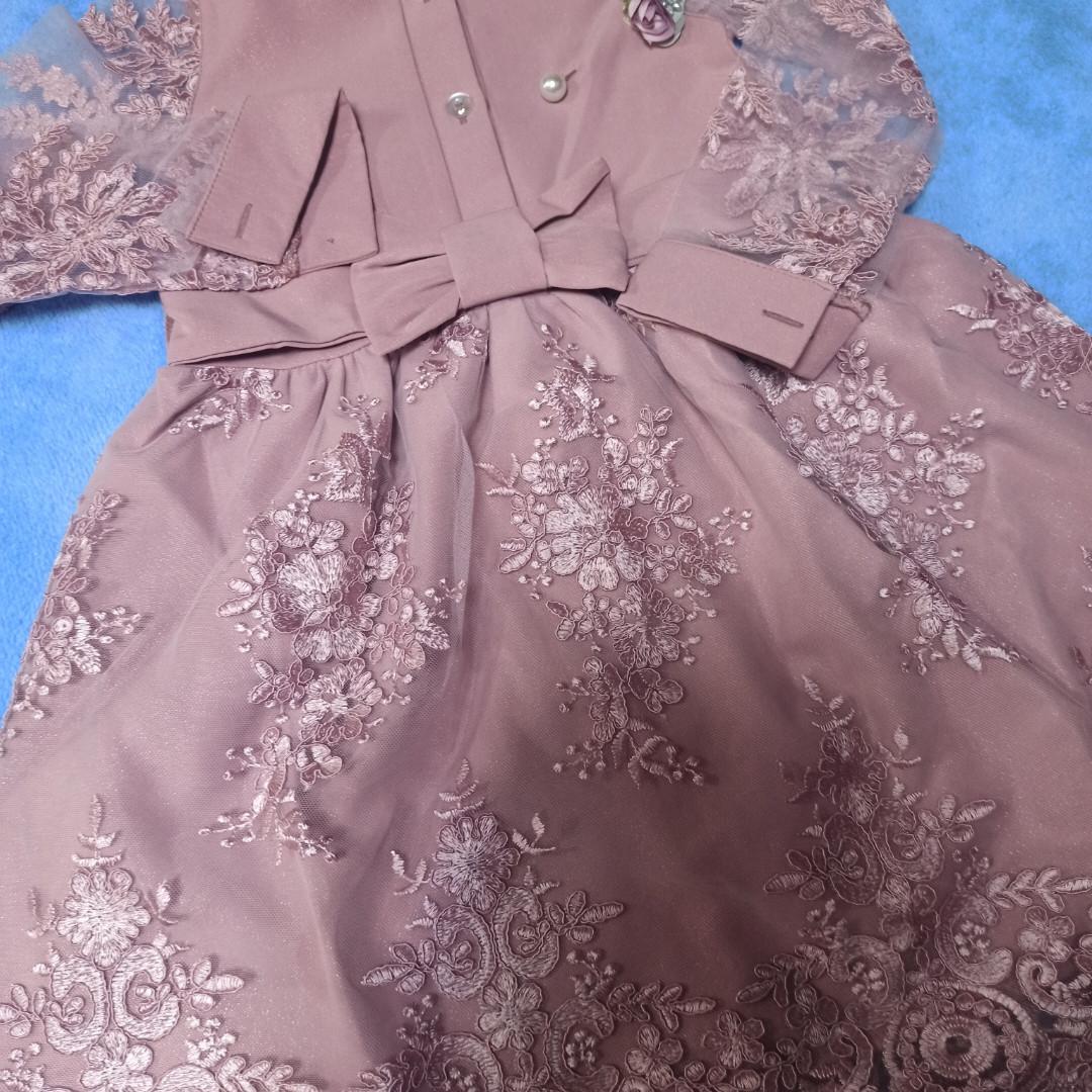 Модное нарядное красивое платье для девочки. Шикарное и оригинальное.