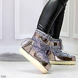 Модные графитовые серебристые глянцевые угги дутики мунбуты сноубутсы валенки с декором, фото 10