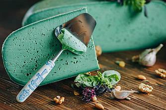 Сыр Гауда с зелёным песто