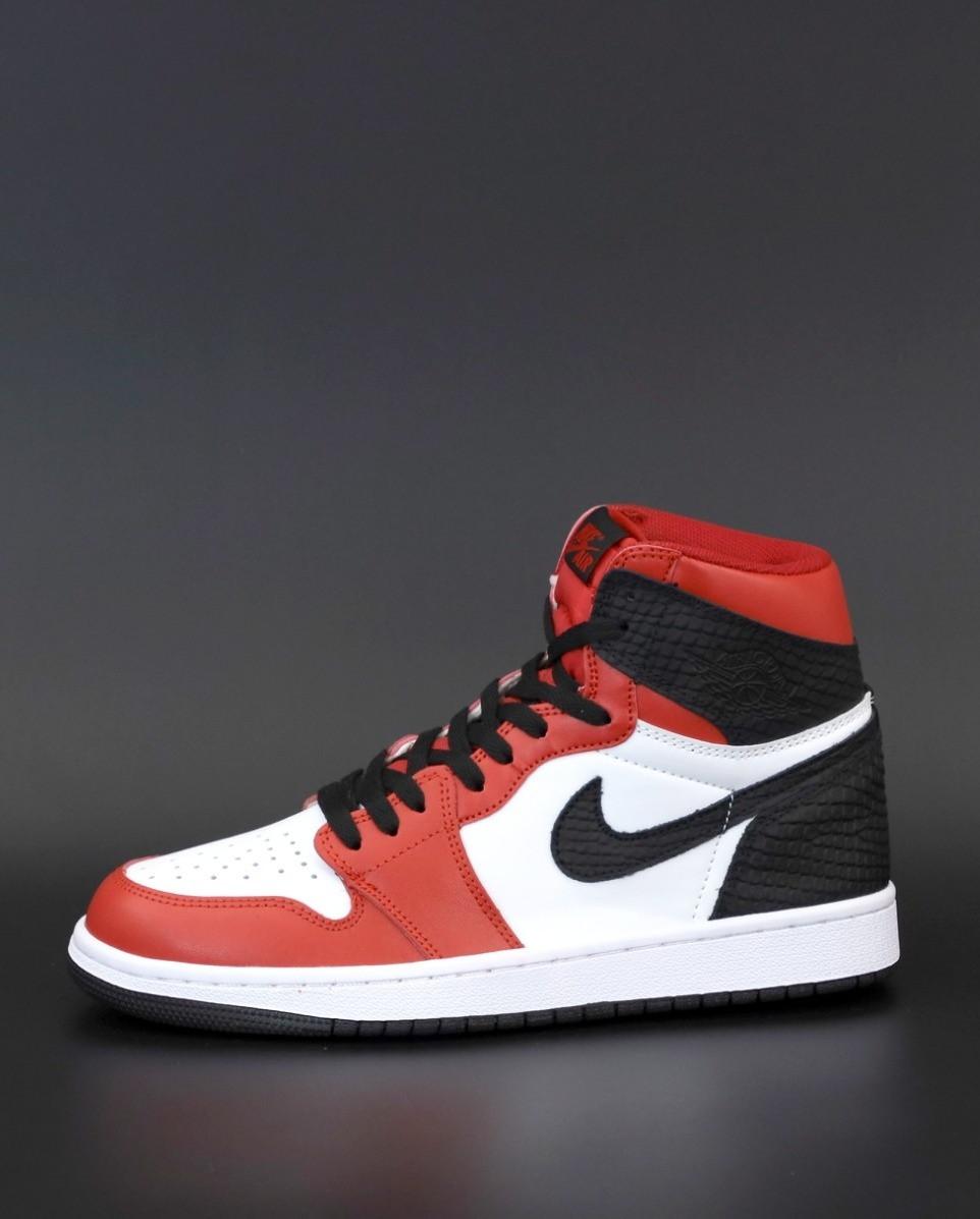 Мужские кроссовки Nike Air Jordan (Найк Аир Джордан красные)