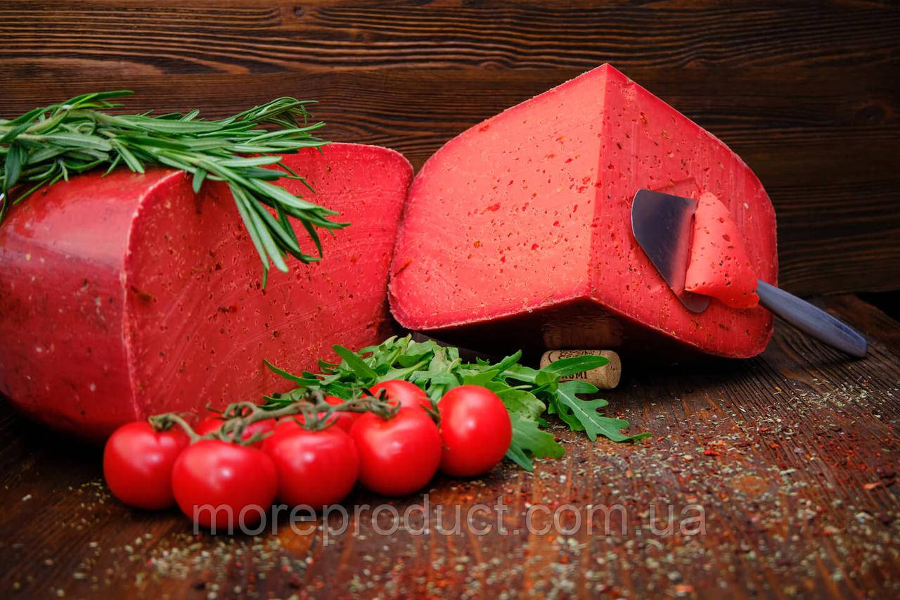 Сыр Гауда с красным песто