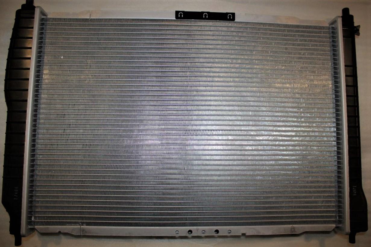 Радіатор охолодження з кондиціонером Aveo (600мм) КАР Корея