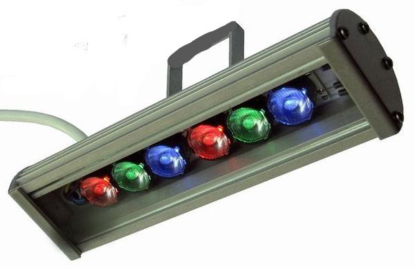 Линейный светильник 18W  290мм IP67 Wall washer RGB