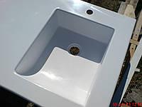 Умывальник из искусственного камня белый