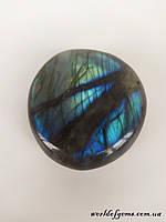 Натуральный камень - радужный лабрадор