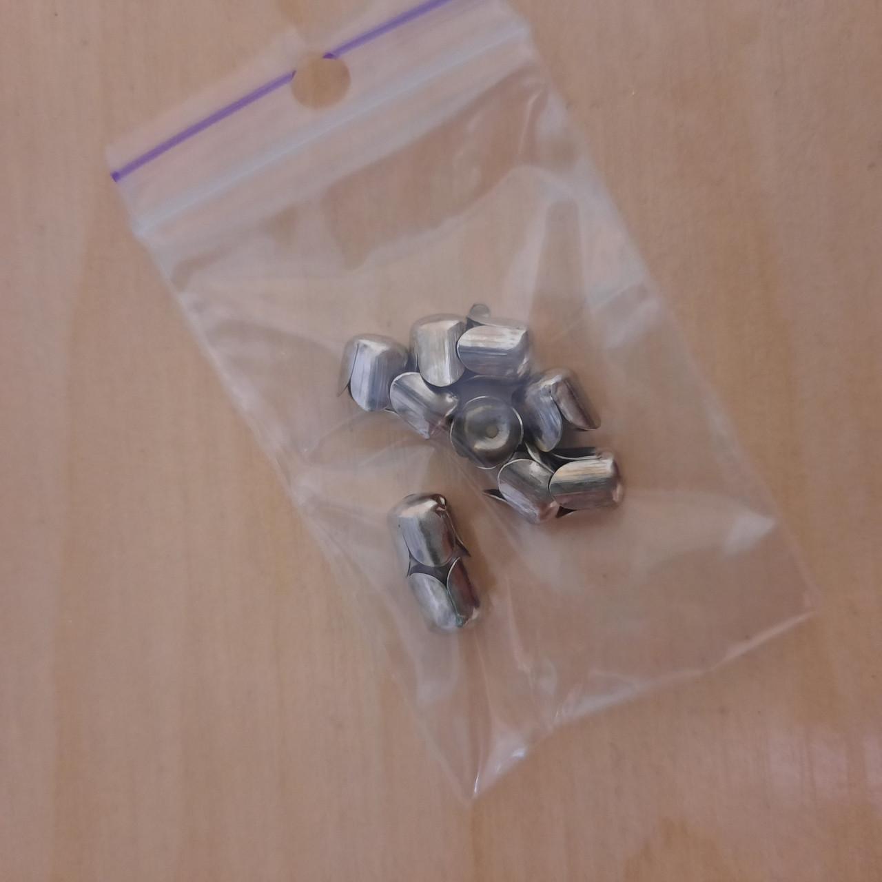 Концевики темное серебро для бус и стразового шнура (с пайеткой) д 6 мм