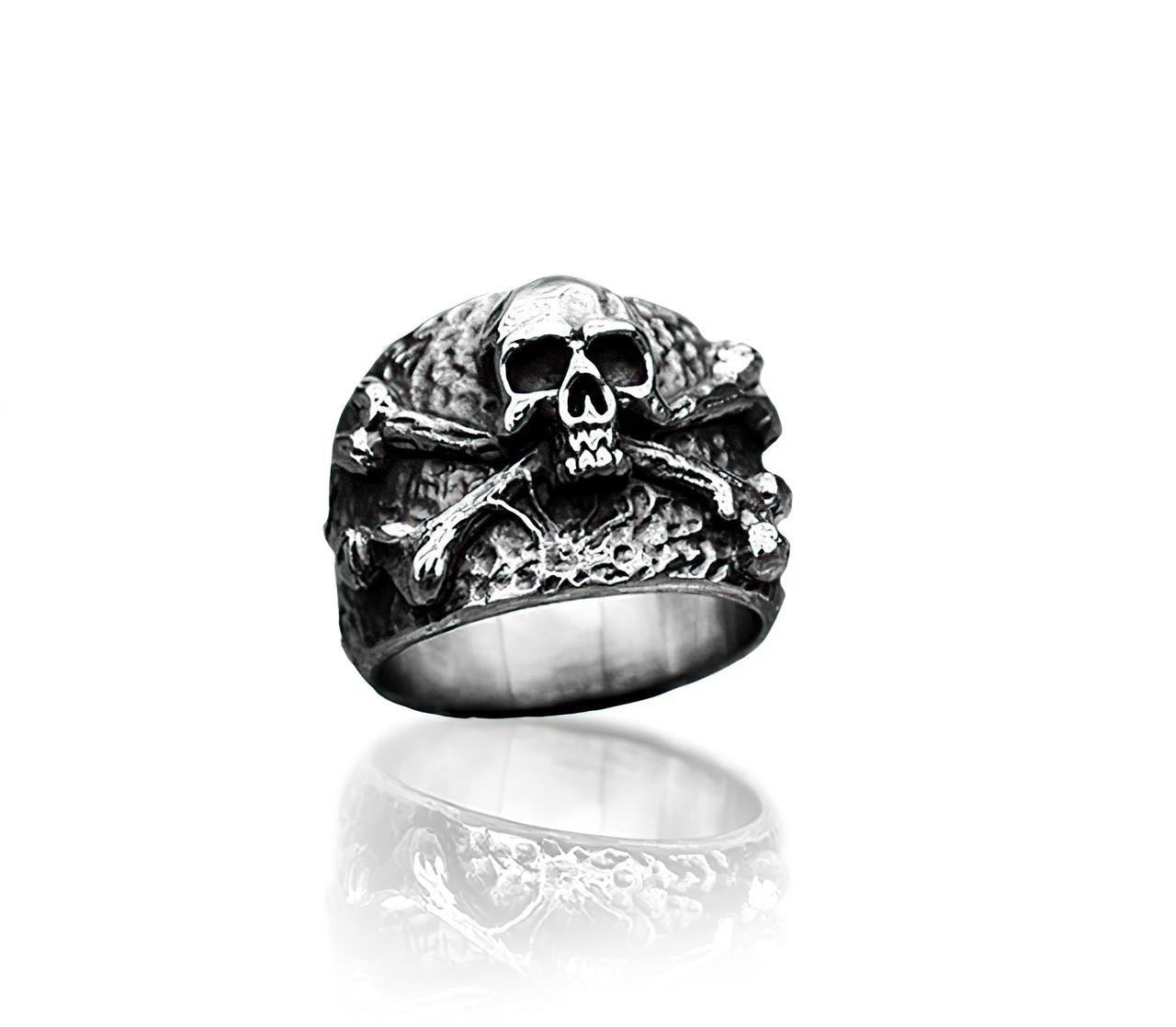 Кольцо серебряное Череп Пирата КЦ-151 Б