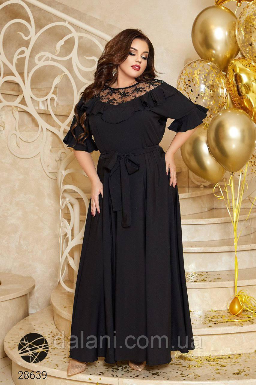 Вечернее черное платье макси с гипюром батал