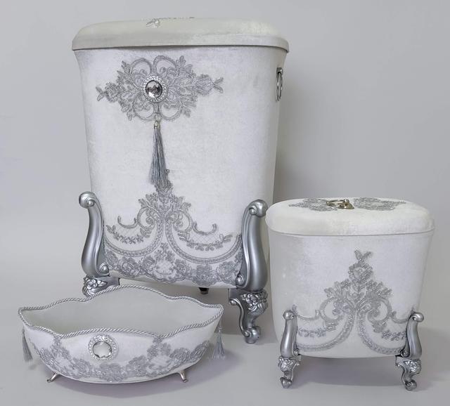 фотография корзины в ванную комнату обшитые бархатом и жемчегом