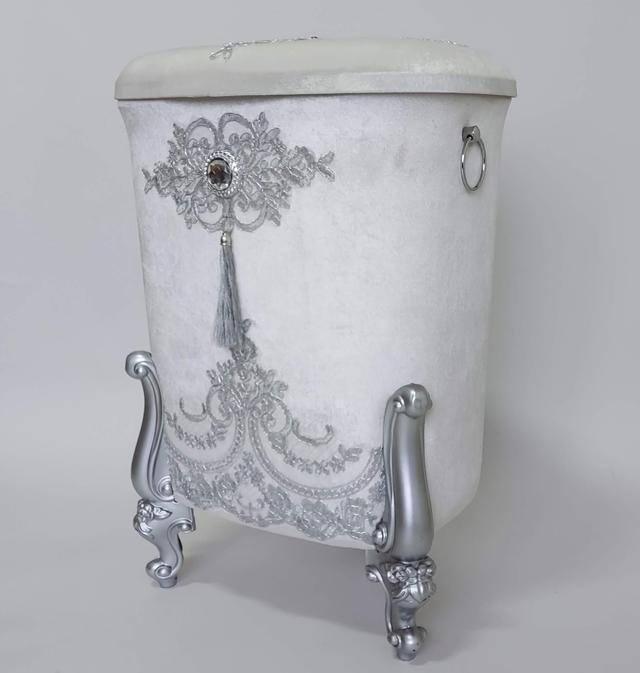 фотография набор корзин для белья в ванную комнату