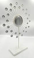Дзеркало косметичне в декоративній рамі на ніжці білого кольору