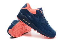 Обновление ассортимента мужских и женских кроссовок Nike, New Balance, Reebok
