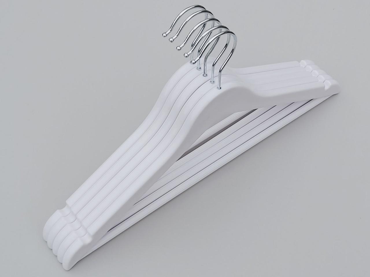 Длина 43 см. Плечики пластмассовые GGB-43 гладкие глянцевые белого цвета, 5 штук в упаковке