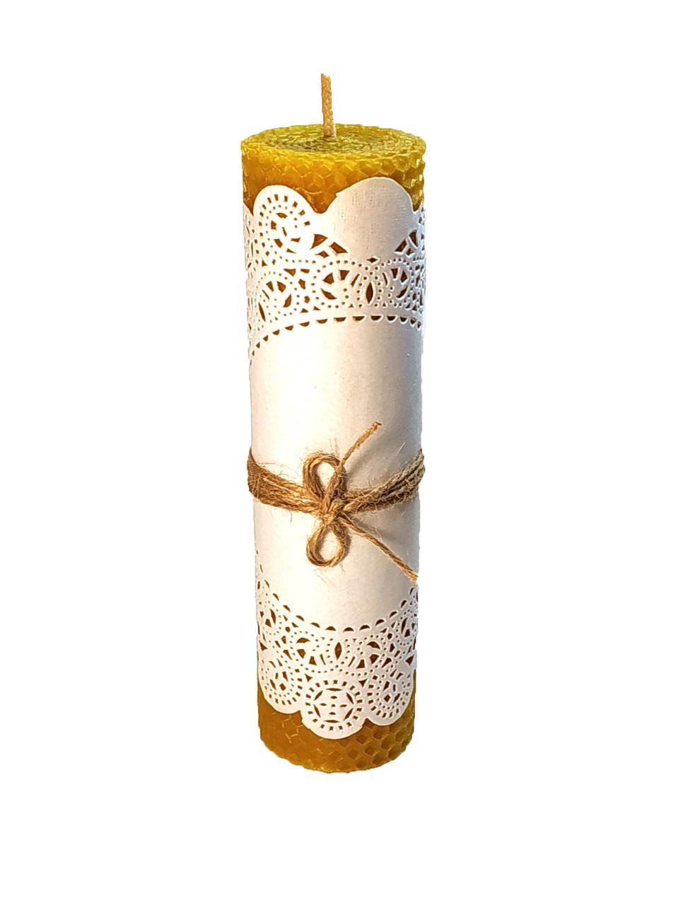 Cвеча из вощины катанная 18 см на 4,8 см ручной работы, время горения - 5 часов.