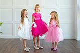 Ярко розовое платье  на утренник для девочек, фото 3