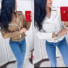 Женская куртка косуха.  Ткань эко кожа  цвет кофейный и молочный. Размеры с м л. На подкладе