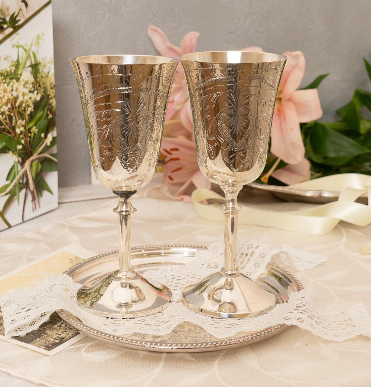 Два высоких посеребренных бокала, серебрение по латуни, Англия, ручная гравировка