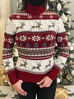 Женский свитер новогодний с оленями красный