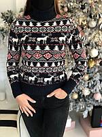 Женский свитер новогодний с оленями черный
