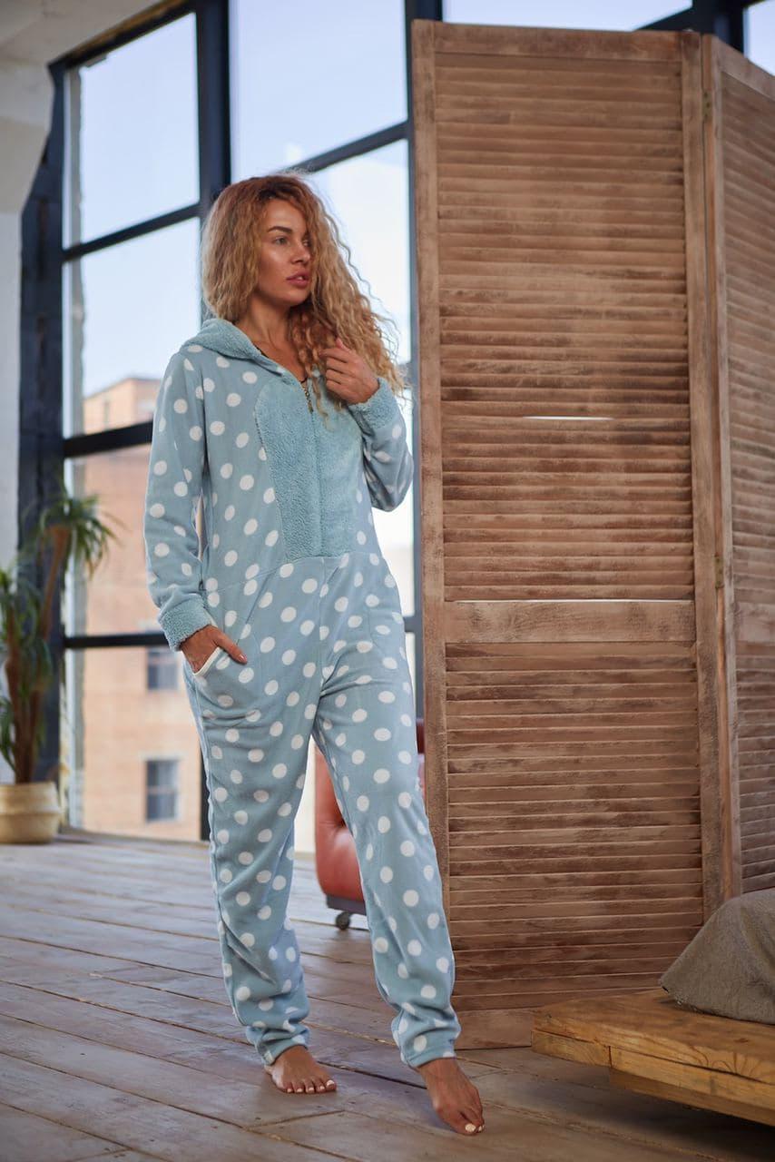 Пижама комбинезон женская с молнией и капюшоном. Стильная женская пижама кигуруми для сна.