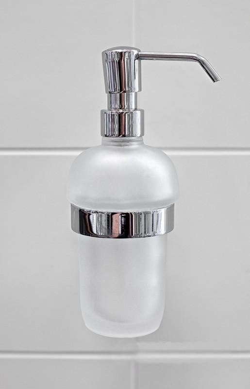 Дозатор жидкого мыла монтажный, серия Long