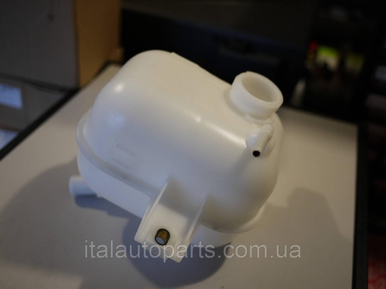 Расширительный бак Fiat Linea