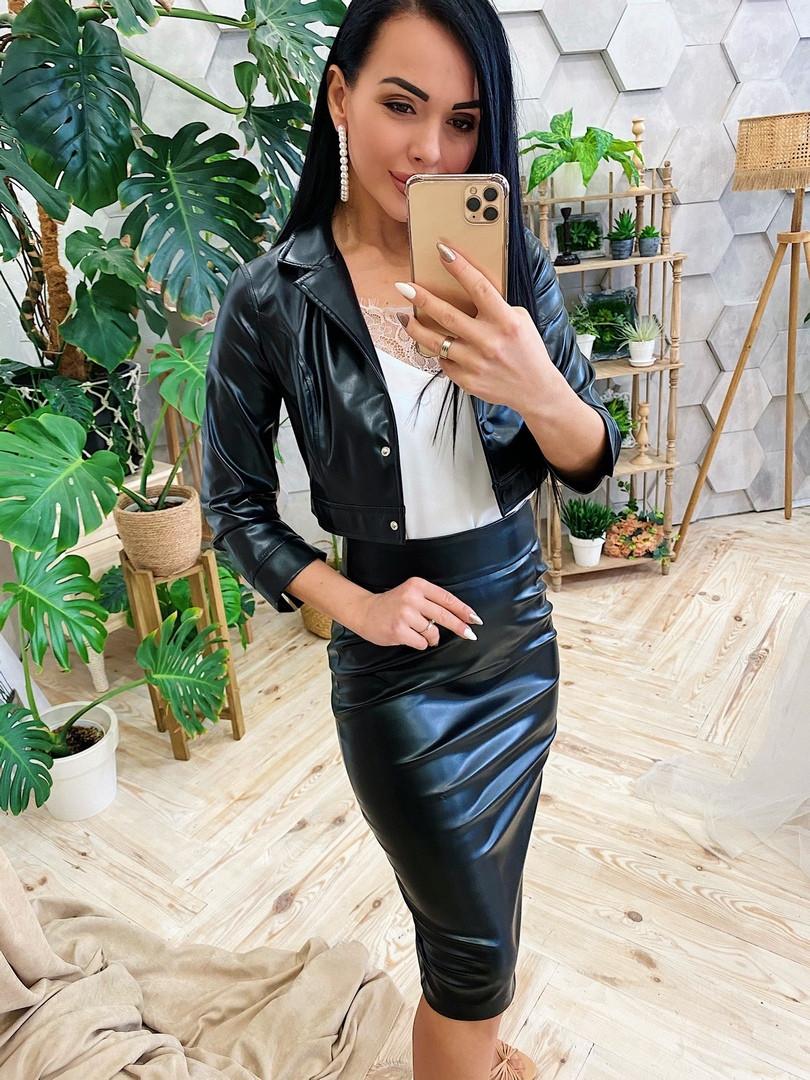 Женский костюм из эко-кожи Юбка и пиджак
