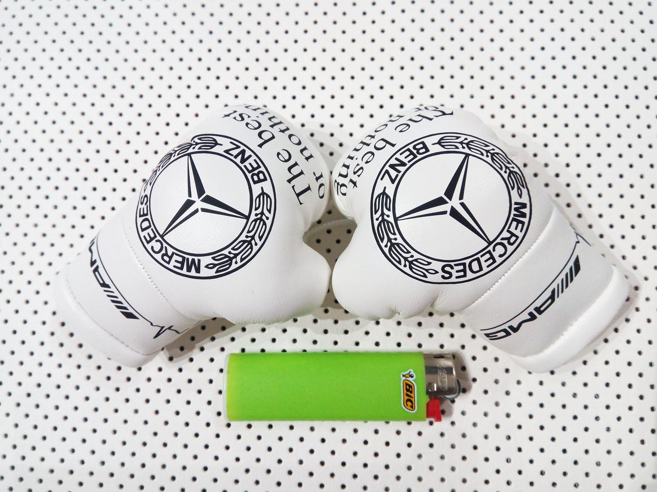 """Подвеска боксерские перчатки """"Mercedes"""" Подарок мужчине автолюбителю"""