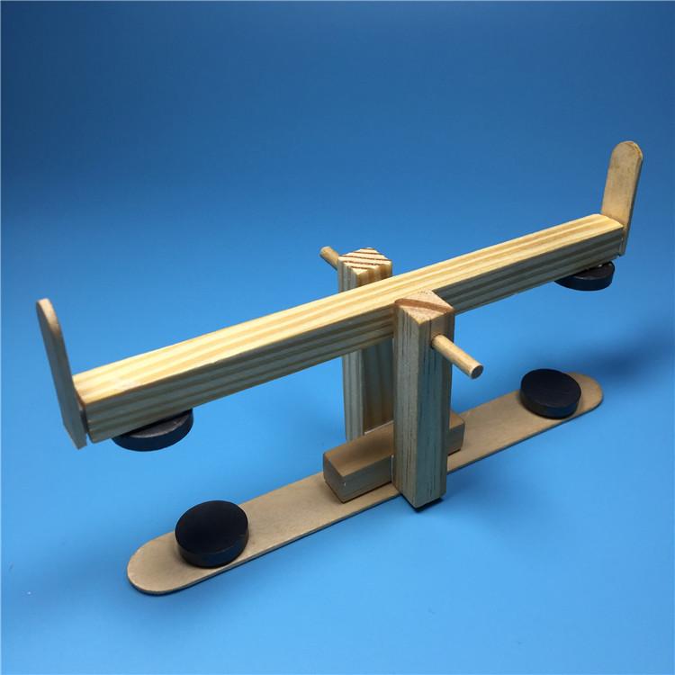 Балансир на магнитах, деревянный конструктор детский - поделка