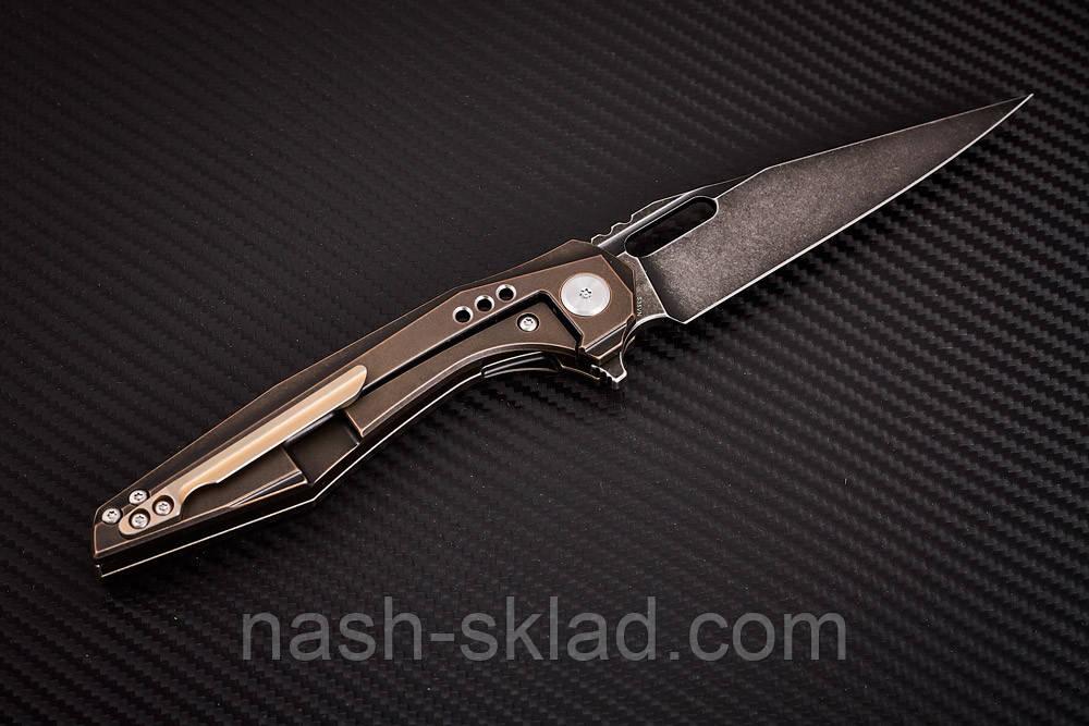 Нож складной MALWARE с футуристичной рукоятью из титанового сплава