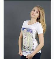 Оригинальная, женская футболка с рисунком от производителя